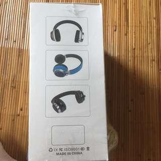 藍芽耳罩式耳機