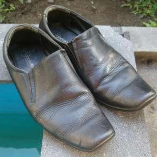 Sepatu Kerja Pantofel DONATELLO