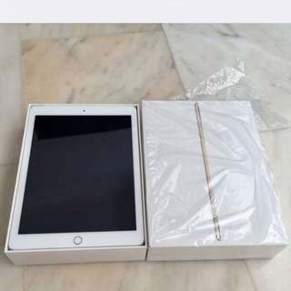 iPad Air 2 64gb Cellular + wifi (Gold Colour)