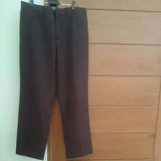 Celana brand Executive Brown Color size 32