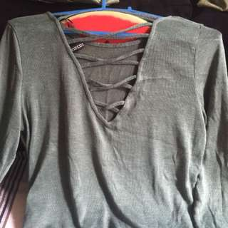 H&M Divided Long Sleeve