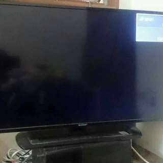 Tv sharp aquas LED