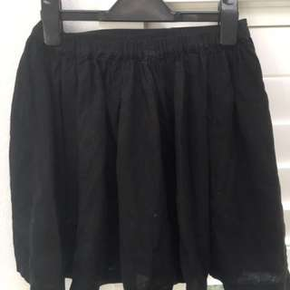 Black Skirt with Pockets Size Small from Ecoté