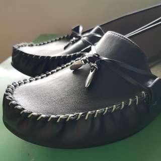 Mootsies Tootsies Loafers With Memory Foam