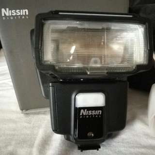 Nissin i40 Compact Flash for Sony Camera