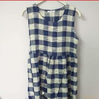 ⭕️包平郵⭕️韓國製藍白格仔裙