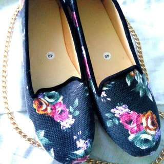 Flatshoes Bunga Vintage