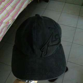 Topi Rusty Original