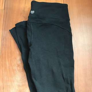 二手衣物隨便賣🍒f21黑色緊身運動長褲
