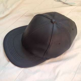 Leather snap back