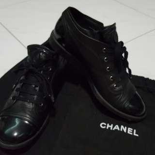 Authentic CHANEL shoe