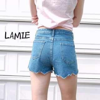 可愛花邊牛仔短褲