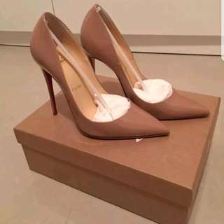 Authentic Christian Louboutin NUDE Sz 37