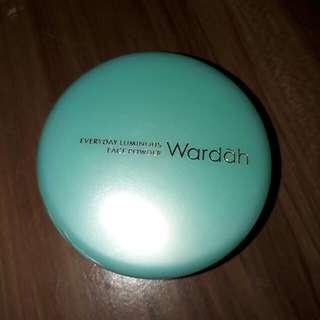 Wardah Luminous Powder (shade 02 Biege)