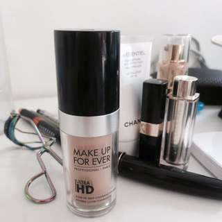《MakeUpForever》HD粉底液