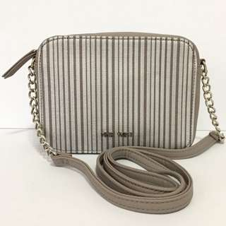 NINE WEST LUCKY TREASURE SMALL CROSS BODY BAG AUTHENTIC $45