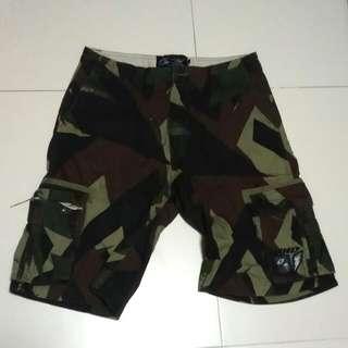 ONO industries camo cargo shorts.
