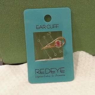Redeye Diamond Ear Cuff