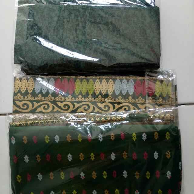 2 Bahan Batik +1 Embos