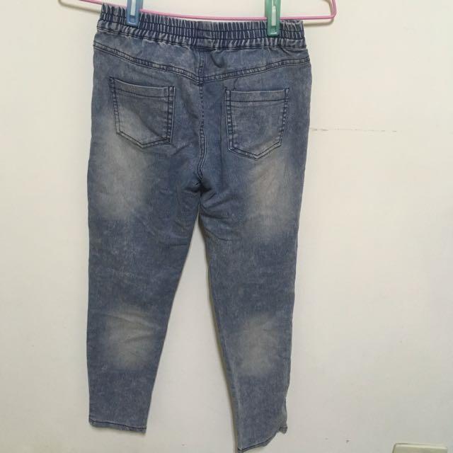 鬆緊藍色牛仔褲