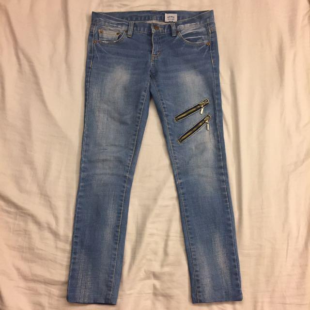 韓版顯瘦拉鏈合身牛仔褲