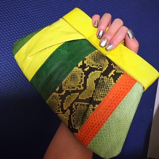 曼谷帶回 蛇皮紋 手拿包