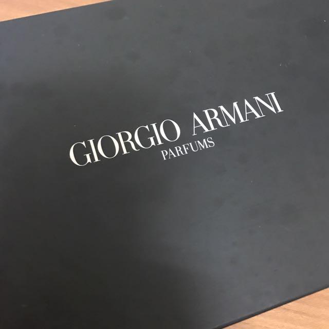 Armani經典時尚包