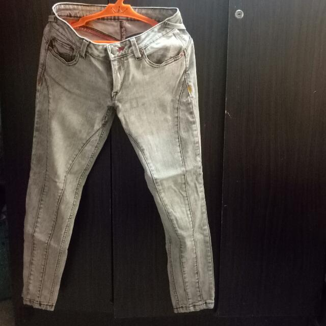 Authentic Jag Butt Lifting Jeans