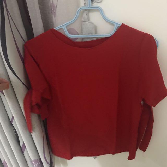 Baju Blouse Merah Pita