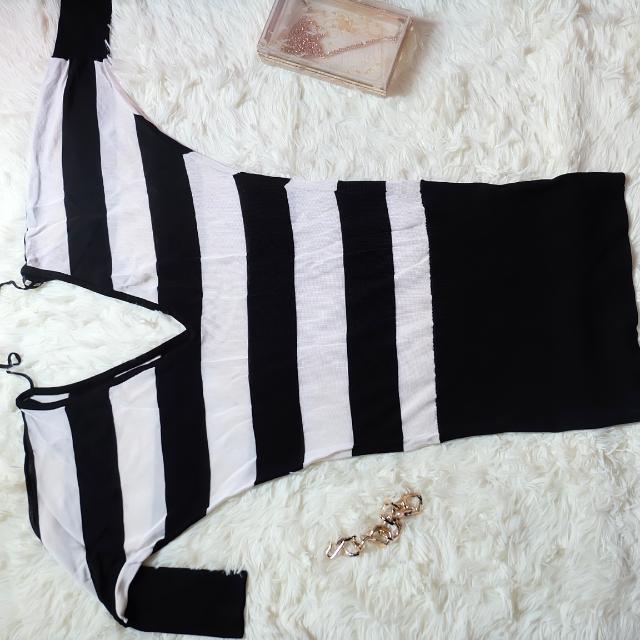 BEBE V-Cut Low Back Sexy Dress