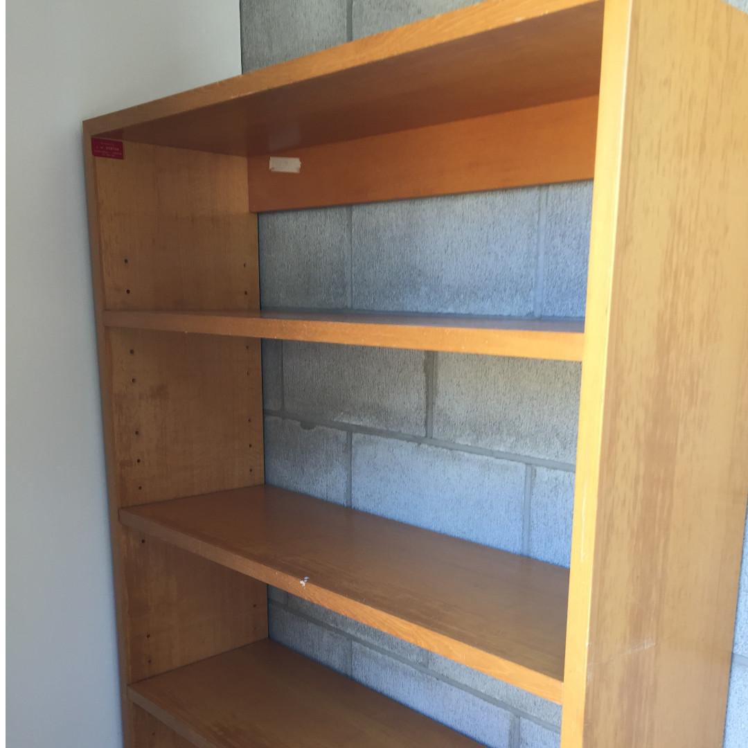 Bookshelve/ Cabinet