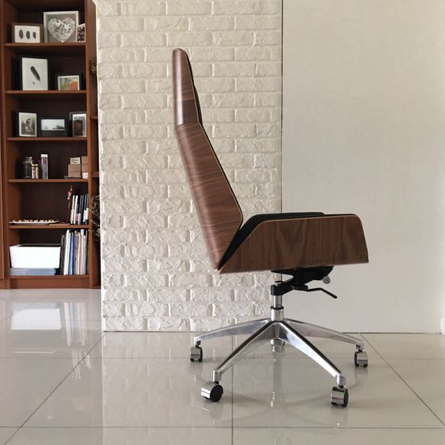 Cambridge Designer Office Desk Chair By Yoshiro Murakami