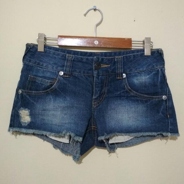 Celana Pendek Hot Pants Cewe