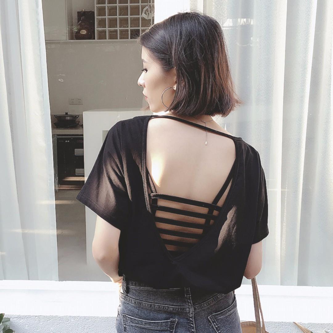 Chi.衣櫥 ✨ 實拍韓版背後鏤空露背修身短袖T恤