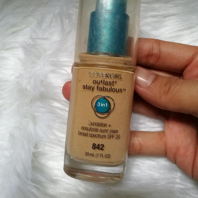 [CLOSING SALE] Authentic Covergirl Outlast Foundation