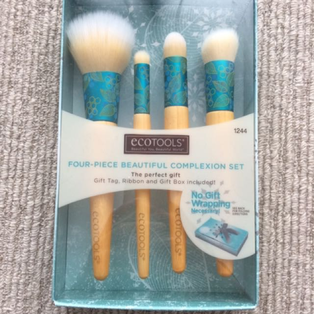 ECO TOOLS Four Piece Beautiful Complexion Set, NEW, RRP $58