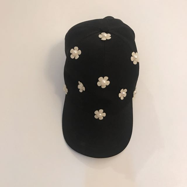 Fashion Flower Floral Cap In Black