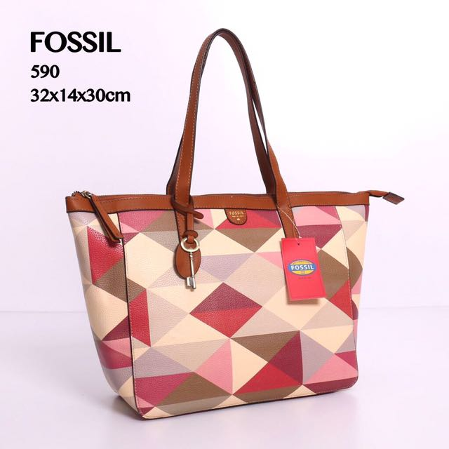 Fossil bag Tote Only 175k