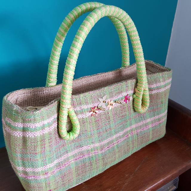 Green Woven Box-type Bag