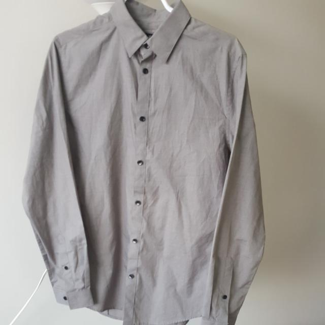H&M Light Grey Dress Shirt - Medium