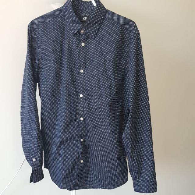 H&M Long Sleeve Dress Shirt - Men's Size Medium