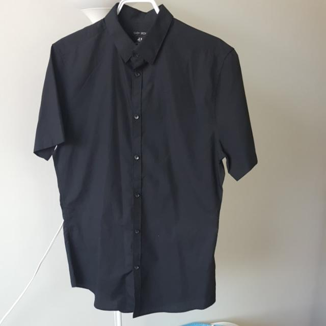 H&M Short Sleeve Dress Shirt  - Size Medium