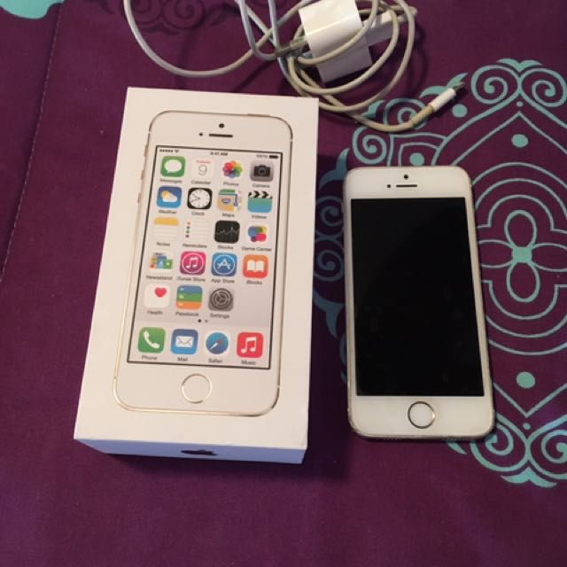 iPhone 5s Gold 32gb Unlocked With Box And Charger