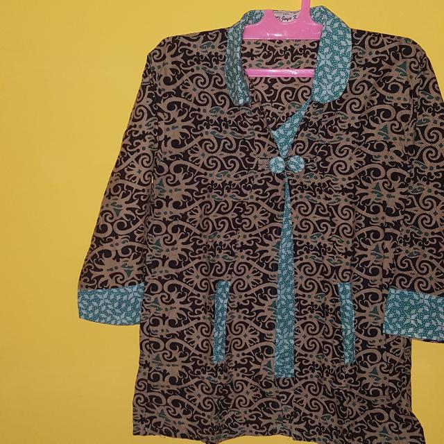 Kemeja Batik Tosca