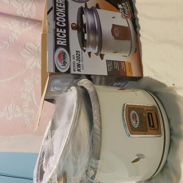 Kyowa Rice Cooker With Steamer 2.2 Liters