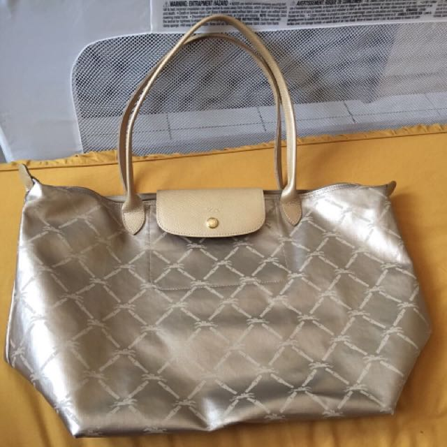 Longchamp Gold Size Medium