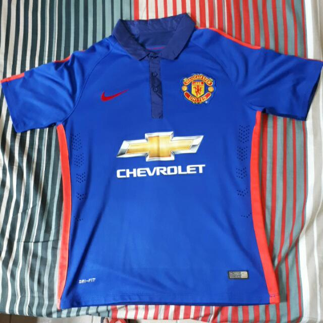 d4f555703a5 Manchester United 2014-2015 away and 3rd kit