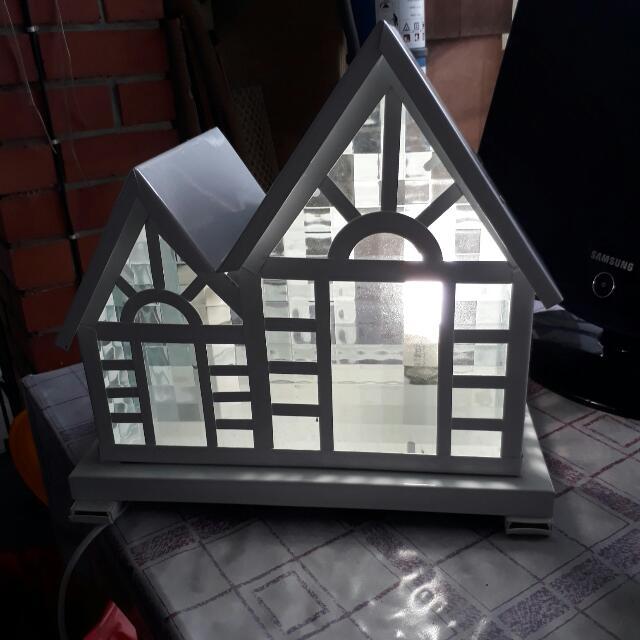 Metal House Shape Table Lamp, Design & Craft, Art & Prints