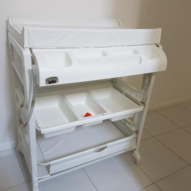 Nappy Changer TABLE with Tub