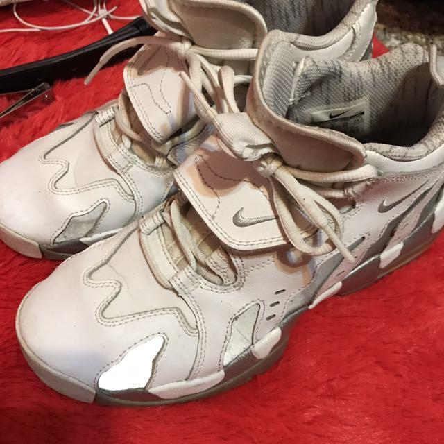 Nike白火焰